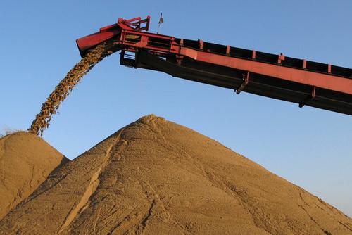 Просеивание карьерного песка