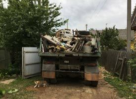 Погрузка мусора на дачном участке - Фото 2